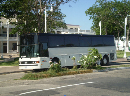 Monja Blanca charter bus for Guatemalan and Honduran participants.