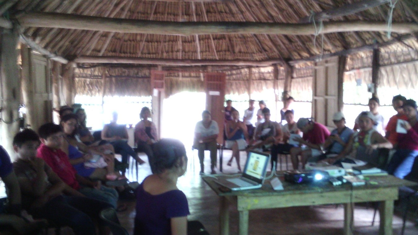 The Maya epigraphy workshop was initiated on July 13 in the community of Yaxunah, Municipality of Yaxcaba, in the Community Cultural Center.